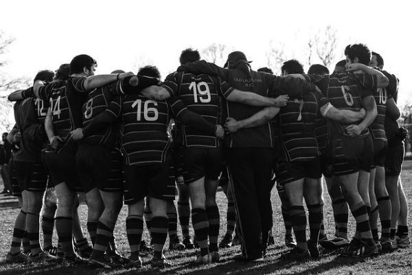 Rugby huddle - the importance of resilience in relationships