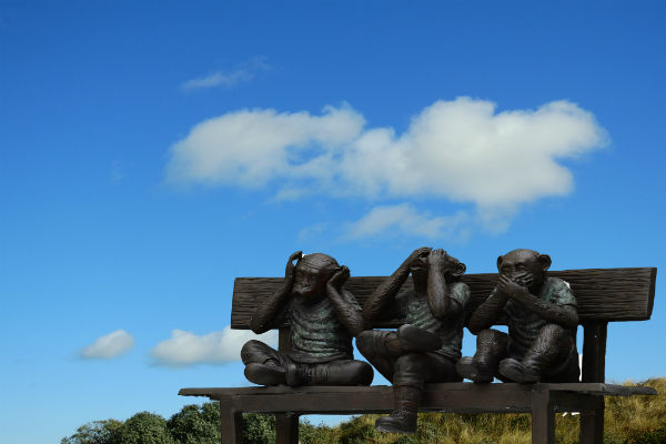 see no evil, speak no evil, hear no evil monkeys